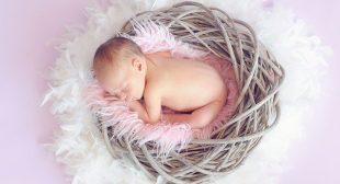 इन 6 टिप्स से शिशु की त्वचा का रखे ख्याल   Baby Skin Care Tips in हिंदी